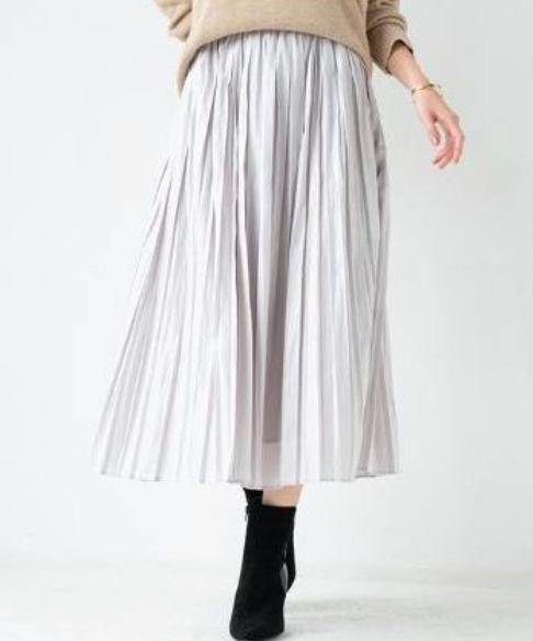 Xラインプリーツスカート